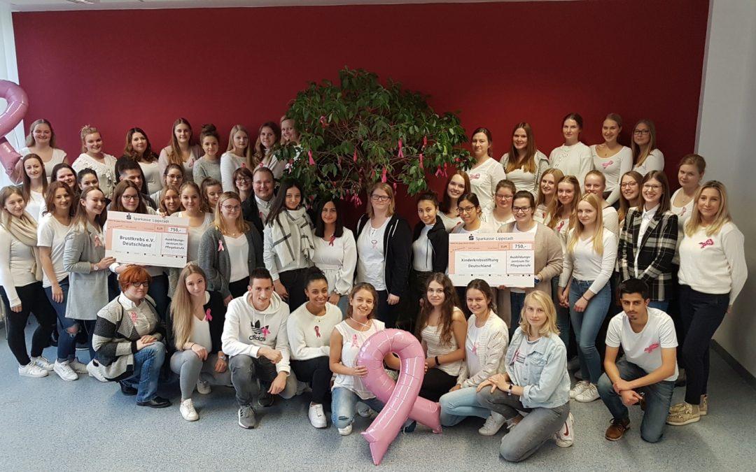 """""""Wir gemeinsam im Zeichen rosa- Hand in Hand gegen Brustkrebs"""" Schüler spenden 1500€ !!!"""